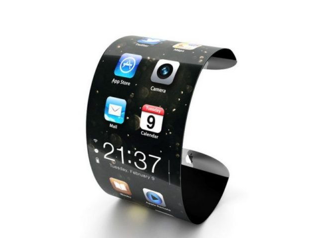 Гибкий смартфон с вытянутым экраном
