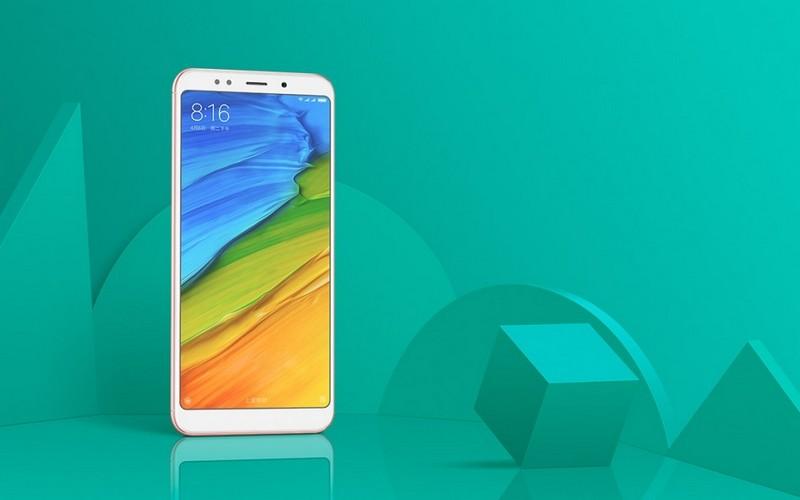 Xiaomi Redmi 5 (5 Plus) дисплей почти без рамок