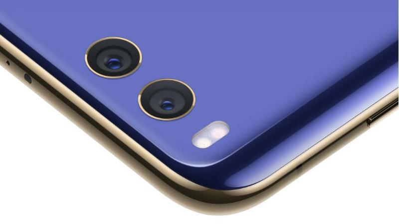 Xiaomi Mi 8 сзади