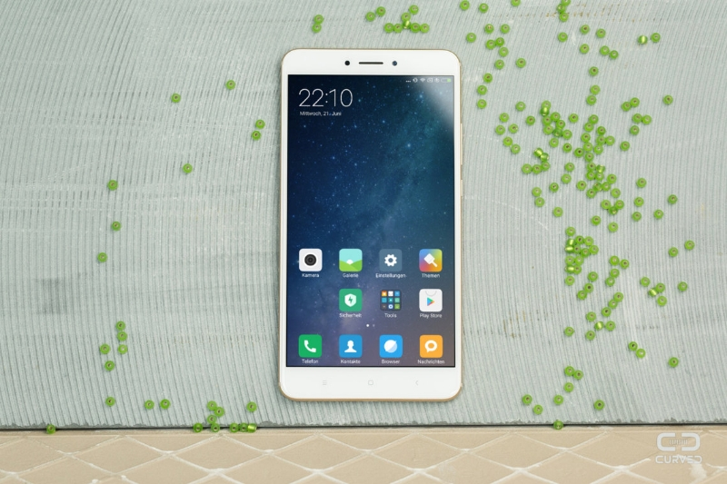 Xiaomi Mi Max 3 спереди