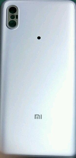 Xiaomi Mi6X сзади