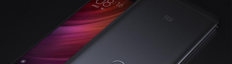 Xiaomi Redmi 6 спереди и сзади